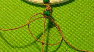 Girl Scout knotted bracelet tutorial - macrame - for jewelry badge