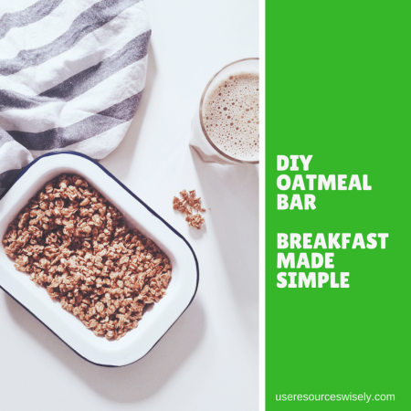 Make your own oatmeal bar - an easy hot breakfast for the last day of a camping trip with your scouts